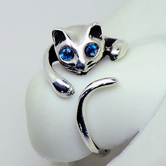 Sterling Silver Cat Ring - Navy Blue (LennonLipeng) Tags: catring sterlingsilverring bluering silvercatring 925silverring