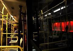 Vu(es) du bus (fabvirge) Tags: bus rouge expo lumière reflet nouvellecalédonie nuit passager personne couleur lumire nouméa karuia vuesdubus