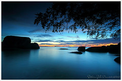 Before dark #2 (Jokoleo) Tags: blue sunset sea beach indonesia island ngc pulau pantai tanjung tinggi belitung belitong