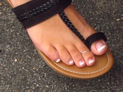 Small latina feet