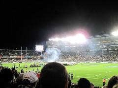 Bledisloe Cup, New Zealand Vs Australia, Eden Park (russelljsmith) Tags: newzealand grass head rugby edenpark australia auckland smoky players allblacks 2012 bledisloecup 77285mm