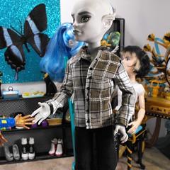 MH Guy Shirt (DLSarmywife--DLightful Designs) Tags: guy fashion cam gargoyle plaid collared buttondown longsleeveshirt createamonster monsterhigh