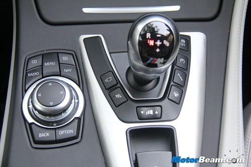 2012-BMW-M5-31