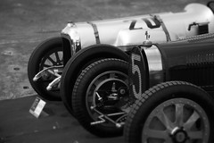 Bugatti (20EURO) Tags: show old summer white black classic monochrome beautiful car wheel gray historic grill event photograph repair era restoration enthusiast bugatti important maruko tamagawa 20euro canoneos5dmark