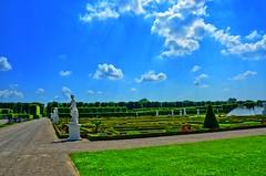 Herrenhuser Grten Hannover (Juni 2016)_013b (inextremo96) Tags: statue germany deutschland king hannover hanover fontaine garten obama knig niedersachsen lowersaxony fontne herrenhausen hanovere