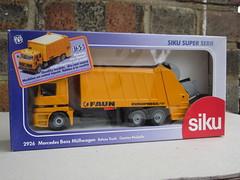 Vintage Siku Toys Mercedes Faun Refuse Truck Mint Boxed Retro Toy (beetle2001cybergreen) Tags: truck vintage toy toys mercedes mint retro refuse boxed faun siku