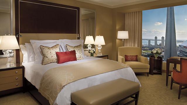 アフタヌーンティーで人気のホテル リッツ・カールトン トロント