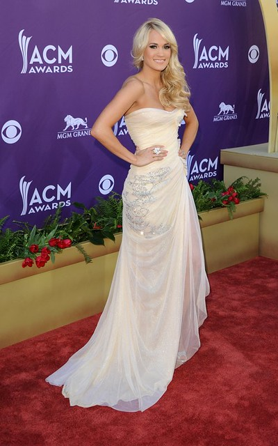CARRIE UNDERWOOD (2)