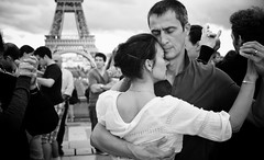 Ari Denison (dance_new_amsterdam) Tags: blackandwhite paris eiffeltower embrace argentinetango tangodancers tanguera tanguero tangoinparis plusmemberid01aa692