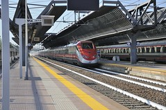 ES AV 9563 Torino Napoli (Giovanni Pandolfi) Tags: milano cargo italo trenitalia treni ntv rogoredo altavelocita e655 frecciarossa