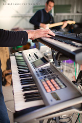 Keyboard (Robert Lang Photography) Tags: portrait music hands keyboard shed band tunes jam twopeople jamsession playingmusic veritical playingmusicinashed