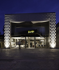 New Facade @ Vivai Muebles   121103-0813-jikatu (jikatu) Tags: street architecture uruguay calle arquitectura nikon published punta bluehour d800 maldonado puntadeleste lasgaviotas horaazul baupres jikatu d800e nikond800e