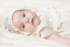 David [Explored] (Malia Len ) Tags: baby white david cute face canon eyes retrato cara adorable beb ojos malia newborn delicate nio nacido delicado recin malialeon