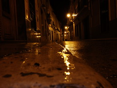 after the rain (lord_yomismo) Tags: street wet rain night lights luces noche calle lluvia optio farolas nocturno oscuro mojado wg2