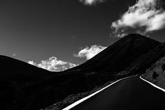 road (WegZ Photography) Tags: china road sky mountains altitude line himalaya