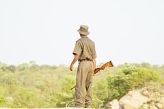 Suedafrika-21 (Lukas P Schmidt) Tags: nationalpark ranger walk krugerpark