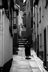 small streets (Georgie Pauwels) Tags: street old blackandwhite monochrome alley tide streetphotography fujifilm