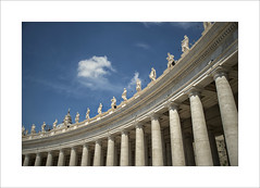 Rome....home of the Pope (Zino2009 (bob van den berg)) Tags: blue roof vacation people italy white holiday vatican hot rome roma pilar square waiting gallery centre saints large entrance statues holy round huge rom upon stpieter bobvandenberg zino2009 enourous enshanted