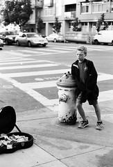 (Street) music pays (skamalas) Tags: street music kid guitar streetphotography case