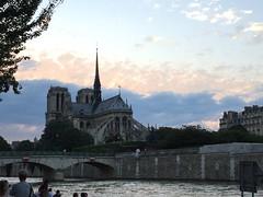 Natte dame Paris (romain.cacace) Tags: summer paris france monument capital notredame ciel histoire t couleur quaideseine