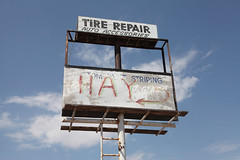 Tire Repair (twm1340) Tags: county arizona sign vintage parking lot tire az repair scaffold hay navajo holbrook striping