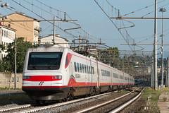 ETR460 25 (Samuele Poli - SierraAlpha photos) Tags: roma speed high genova campo firenze bianca 35 marte freccia cassa pendolino 250kmh etr460 pendolamento
