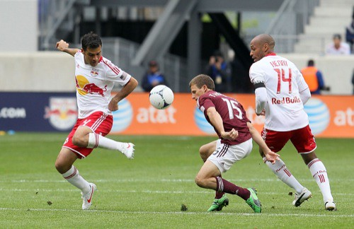 Rafael Marquez, Thierry Henry, Wells Thompson - Action