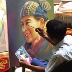 "Man Painting Aung San Suu Kyi <a style=""margin-left:10px; font-size:0.8em;"" href=""http://www.flickr.com/photos/14315427@N00/6924261396/"" target=""_blank"">@flickr</a>"