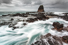 chaotic calm (Luke Tscharke) Tags: longexposure seascape motion water rock geotagged action feature pulpitrock 17mm capeschank 5dmkiii 5dmarkiii 5d5 madetoviewlarge taplkey geo:lat=3849923529742308 geo:lon=14488962975463107