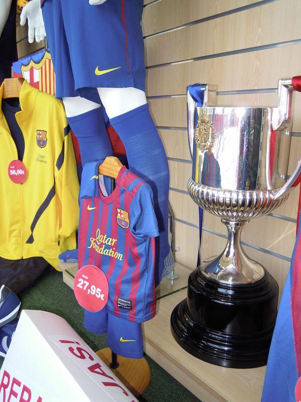 Gifts FC Barcelona (MAGIC TEAM FCBARCELONA STORE) Tags  barcelona original  shop shirt store f0af6df27d