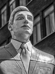 Business Man (Lens Daemmi) Tags: sculpture man holland netherlands den skulptur hague business haag 2012 niederlande the bwartaward