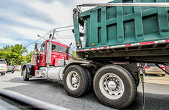 SWF Trucking | Peterbilt 379 bucket (Vinny Schiano) Tags: nyc truck island big construction dumptruck dump rig granite trucks trailer statenisland mack staten peterbilt excavator kenworth w900 t800 triaxle kenwortht800 kenworthw900 mackgranite