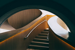 Gehry staircase 1 (kzhw) Tags: toronto gehry fujifilm rom x100t