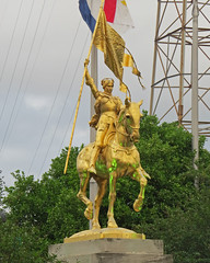 French Quarter - Vieux Carr (Flagman00) Tags: sculpture statue gold neworleans frenchquarter mounted equestrian joanofarc jeannedarc thequarter vieuxcarr lanouvelleorlans