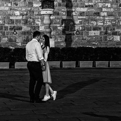 Amoureux (cyrcra) Tags: street florence couple firenze sortie rue nuit