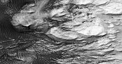 ESP_013772_1795 (UAHiRISE) Tags: mars landscape science geology jpl universityofarizona mro