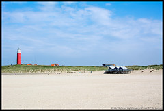 Texel Lighthouse and Paal 31 (xlod) Tags: sky cloud lighthouse holland beach nature netherlands strand landscape dune natur himmel wolke landschaft texel leuchtturm dne niederlande paal paal31