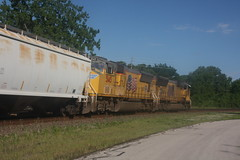 53474 (richiekennedy56) Tags: usa lawrence unitedstates kansas unionpacific sd70m railphotos up3887 douglascountyks up5145 donballcurve