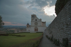 Assisi. (coloreda24) Tags: italy canon europe italia perugia assisi umbria basilicadisanfrancesco 2015 canonefs1785mmf456isusm canoneos500d chiesediassisi