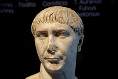 Buste de Trajan - Muse de Bavay - Nord (Vaxjo) Tags: forum muse nordpasdecalais bavay hautsdefrance
