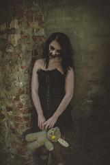 BiKaHaMa (Fournes) Tags: portrait halloween 35mm nikon magdeburg scream horror nikond3000
