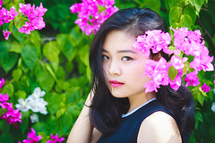 Yn Bm (Le Minh Tuan) Tags: portrait girl beautiful beauty asian vietnamese bougainvillea beautifulwoman prettygirl prettywoman femaleportrait outdoorportrait hoagiy hoagiay