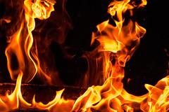 Tu es le feu dans le cur. (- Ali Rankouhi) Tags: festival fire iran tehran feuer feu
