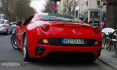Ferrari California (MauriceVanGestel Photography) Tags: auto california red horse cars car germany de dessert leaving deutschland design rojo italian boulevard power north away ferrari pizza german coche alemania autos dusseldorf wes dsseldorf rhine rood cabrio toetje supercar coches opel sportscar deutsch duitsland corsa supercars italiano paard k knigsallee italiaans duits siciliano alemn sportwagen westphalia northrhinewestphalia italiancar duitser redferrari italiandesign opelcorsa northrhine drivingaway ferrarired rodeferrari redcalifornia italianhorse sportwagens rojoferrari ferraricalifornia italiaanseauto ferrarirojo knigsalleedsseldorf ferrarirood kdsseldorf ferraridsseldorf ferrarigermany italiaanspaard rodecalifornia pizzasiciliano californiarojo