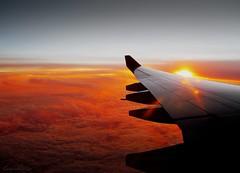 Flying away... (thatsgabriel) Tags: sunset airplane atlantic aviao atlantico