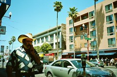 A tremendous hat, San Francisco (deepstoat) Tags: sf california street film hat zeiss 35mm contaxt3 nicelight kodakportra deepstoat