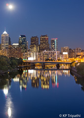 Philadelphia Skyline: Moonrise (KP Tripathi) Tags: park bridge sunset summer moon philadelphia skyline river garden downtown waterfront dusk center philly bluehour fairmount rise eastcoast fairmountpark canon5dmarkiii kptripathi canoneos70200f4lis