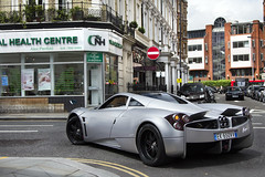 Huayra. (Alex Penfold) Tags: auto camera black streets london cars alex sports car sport mobile canon silver photography eos grey photo cool italian flickr driving image south awesome flash picture super spot exotic photograph spotted hyper kensington owen hr press rims supercar spotting exotica sportscar 2012 sportscars supercars pagani penfold spotter huayra hypercar 60d hypercars hrowen alexpenfold