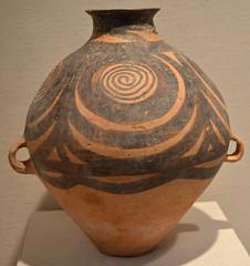 MMA 2012 - China - Neolithic Yangshao - 33-25c bce - Spiral Painted pot (jondresner) Tags: metropolitanmuseumofart chineseart chinesehistory