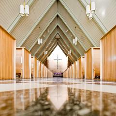 Stephen's Episcopal Church no. 13 (samuel ludwig) Tags: columbus ohio nikon nikkor 1953 ststephensepiscopalchurch d700 24mmpce gilbertharoldcoddington